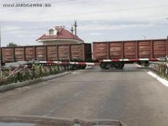 В Донецкой области поезд протаранил мопедиста