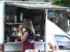 """Стоимость """"кофеен на колесах"""" в Киеве резко возрастет"""