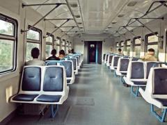 Киевский поезд сбил мужчину