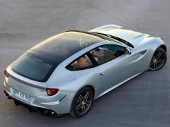 Парижский автосалон-2012. Суперкар Ferrari FF получил стеклянную крышу (ФОТО)