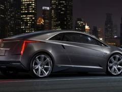 Cadillac сделает гибридное купе переднеприводным