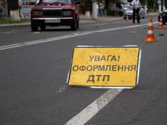 Мариупольский таксист сбил женщину