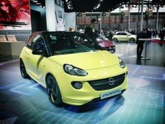 Opel отказался от электрического Adam