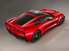 General Motors представила новое поколение Chevrolet Corvette (ФОТО)