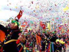 В Греции пройдут Большие карнавальные шествия