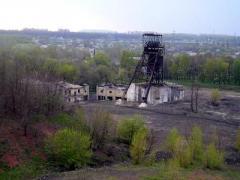 На частной шахте вагон убил горняка