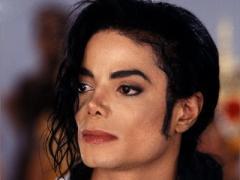 Продюсер Майкла Джексона потребовал свой гонорар