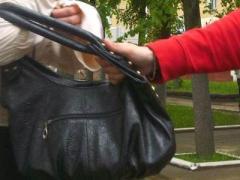 Донецкий гопник нападал на женщин с бутылкой