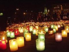 Евромайдан объединился с вечером памяти жертв Голодомора