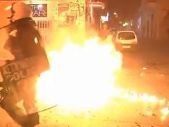 Силовики Греции разогнали демонстрацию слезоточивым газом (ВИДЕО)