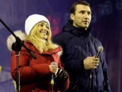 """Это таки любовь! Как голливудская невеста Кличко """"зажигала"""" на Майдане (ФОТО + ВИДЕО)"""
