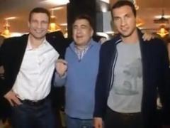 Как Саакашвили и Кличко покушали в ресторане на Майдане (ВИДЕО)