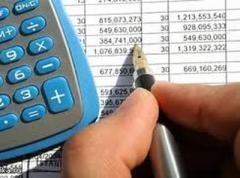Проект бюджета: 2015-й встретим с долгами и дефицитом
