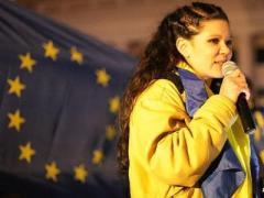 Руслана потеряла голос, но Майдан в покое не оставила