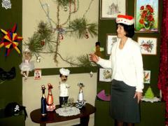 Наши предки умели веселиться: в Мариуполе показали уникальную рождественскую коллекцию (ФОТО)