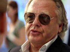 Юрий Антонов тряхнул стариной и набросился на оператора во время концерта (ВИДЕО)