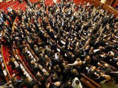Принятые депутатами и подписанные президентом законы шокировали дипломатов