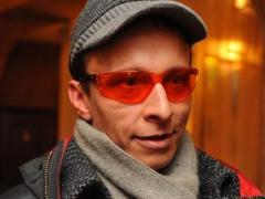 Иван Охлобыстин мечтает отправить своего стилиста-гея на необитаемый остров