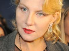 Бурная неделя культовой российской актрисы завершилась переломом ноги (ФОТО + ВИДЕО)