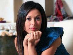 Красотка-телеведущая призналась, что живёт с бандитом (ФОТО)