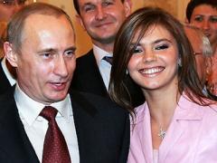 Невероятная интрига: Алина Кабаева показала обручальное кольцо (ФОТО)
