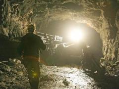 В Донбассе шахтёра придавило бетонной плитой