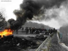 Хода нет: протестующие заблокировали КПП на украино-польской границе