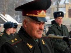 Игры патриотов: Янукович уволил главнокомандующего Вооружённых сил Украины (ФОТО)