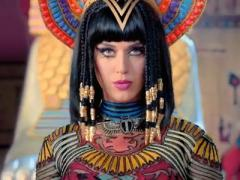 Кэти Перри стала царицей Египта (ВИДЕО)