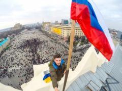 """""""Все побежали и я побежал"""": Россия заявляет о тысячах беженцев из Украины"""