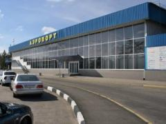СМИ: неизвестные взяли под контроль управление полётами в симферопольском аэропорту