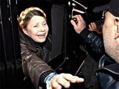 После чудо-укола почти здоровая Тимошенко возвращается в Киев
