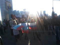 """Пророссийские активисты провели """"автомитинг"""" на въезде в Мариуполь (ФОТО)"""