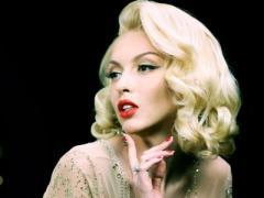Джентльмены предпочитают блондинок: Оля Полякова рассказала о галантности Яценюка