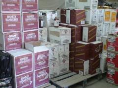 """Суд конфисковал у """"бизнесмена"""" 22 тысячи бутылок элитного алкоголя"""
