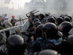 В России хотят разрешить полицейским стрелять в толпу на поражение