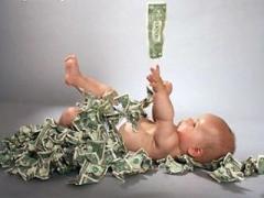 Чудовищный бизнес: молодые родители пытались продать свою дочь-малышку