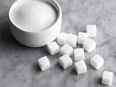 Украина оставила Крым без сладкого: на полуостров не привозят сахар