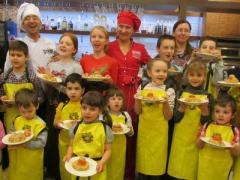 Готовим пасхальные яства вместе с детьми (ФОТО)