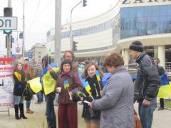 Жители Донецка уверенно заявили, что Донбасс - Украина (ФОТО + ВИДЕО)