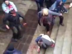 Милиция задержала врача, которая добивала евромайдановца в Харькове (ВИДЕО)