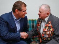 """Видный """"регионал"""" призвал равняться на разведчика"""