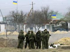 В Донецке в районе аэропорта украинские силовики захватили микроавтобус с оружием