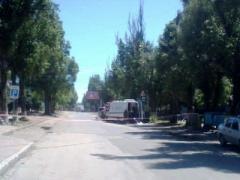 В Донецке на Текстильщике из-за подозрительного автомобиля перекрыто движение: работают сапёры (ВИДЕО)