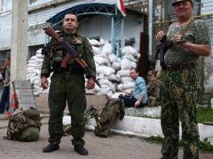 Террористы отпустили солдат-срочников из захваченной в Донецке воинской части
