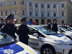 """""""Это просто хунта какая-то"""":  соцсети взорвал сюжет об одесском милиционере (ВИДЕО)"""