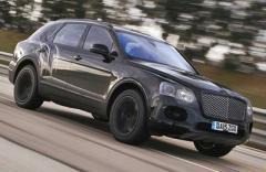 Внедорожник Bentley установил рекорд скорости (ВИДЕО)