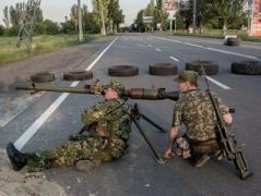 """Гранатометы и снайперы """"работали""""  по окрестностям Донецка"""