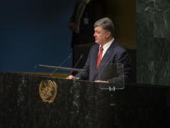 Жестко, остро, недипломатично: соцсети и эксперты о выступлении Порошенко в ООН