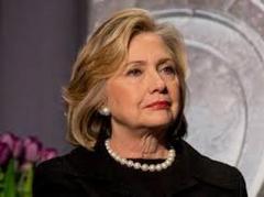 Клинтон забавно потроллила саму себя (ВИДЕО)